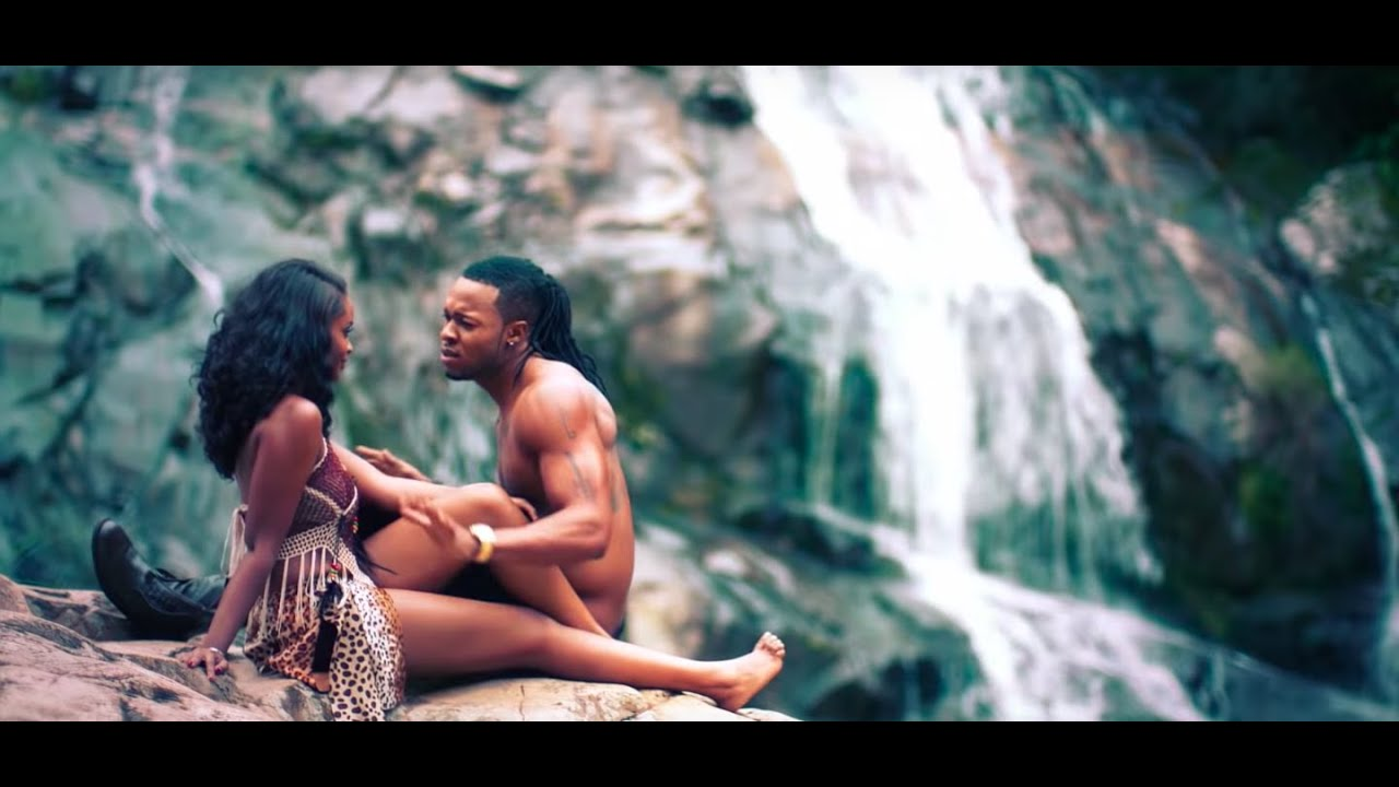 Download Flavour - Ikwokrikwo (Official Video)