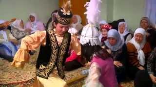 Kazak Kızların Yöresel Dansı!! Harika!!