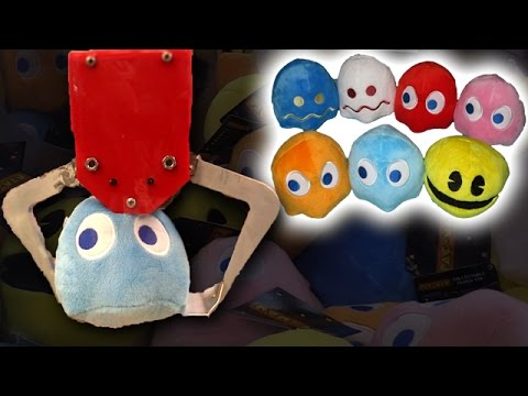 Winning ENTIRE Pac-man Set In A Arcade Claw Machine!