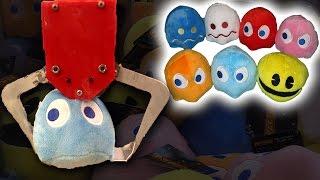 Winning ENTIRE Pac-man Set in a Arcade Claw Machine!
