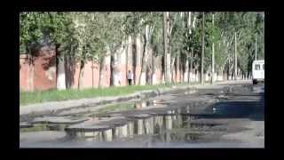 Одесса: экскурсия по трущобам(Экскурсия по одесским трущобам -- этот видеоролик посвящен жителям микрорайона «Шкодова гора», который..., 2013-05-12T17:49:55.000Z)