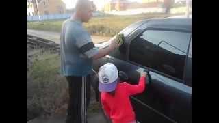 Как правильно полировать автомобиль после мойки экспресс полиролью!(Как правильно отполировать автомобиль за короткий срок, и что бы машина блестела как новая... Смотрите мое..., 2015-09-26T14:43:14.000Z)