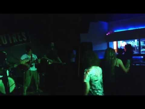 """TME Play: """" That Girl """",Live At: Bedford Esquires :)"""