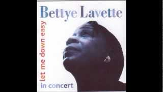 Betty LaVette {He Made a Woman Out of Me} Live!