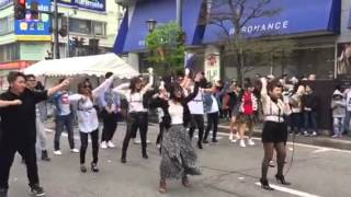 青森市、昭和通り商店街 のアイドル Marble 青森春フェスティバル昭和通...