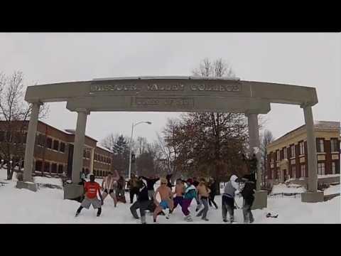 Missouri Valley College Harlem Shake - Band Of Runners