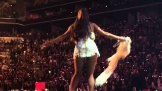 Ariana Grande Honeymoon Tour Brooklyn Barclay Center September 26th 2015 3 of 9