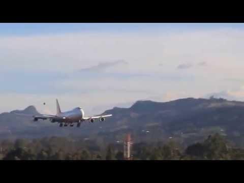 Centurion Cargo B747-400F  Landing in MDE/SKRG