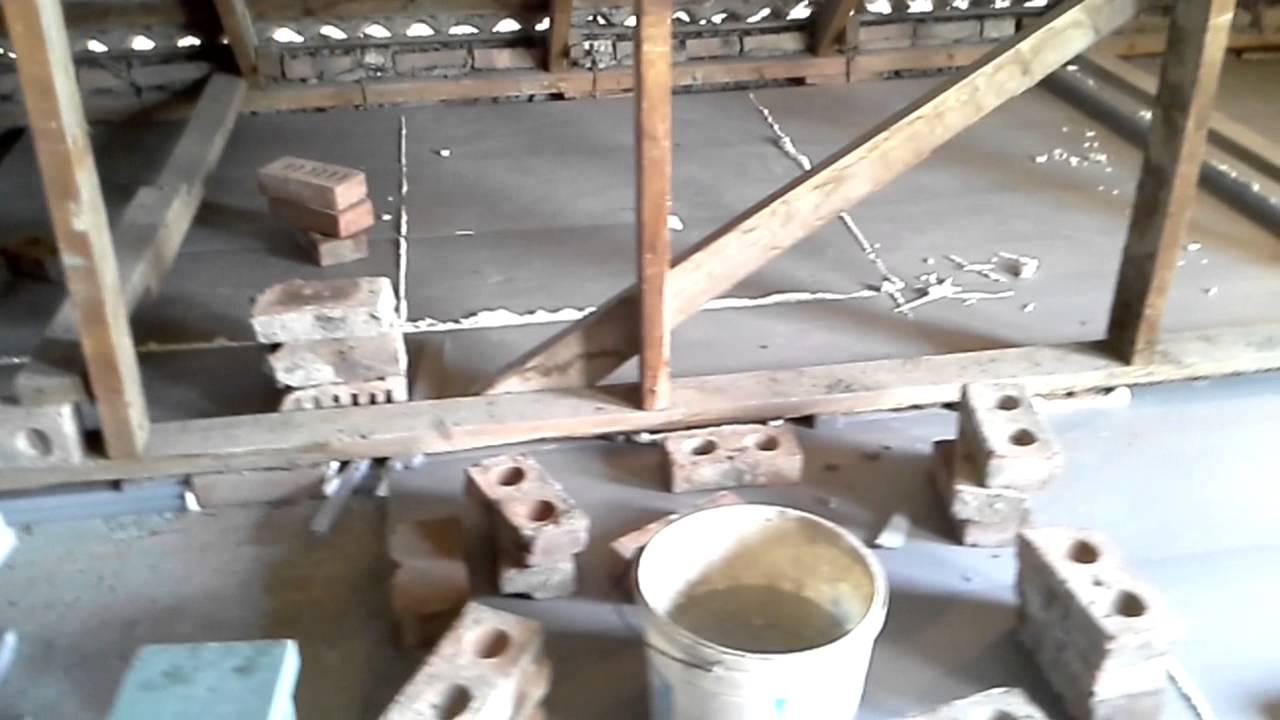 Утепление потолка (снаружи ) со стороны чердака экструзионным пенополистиролом.