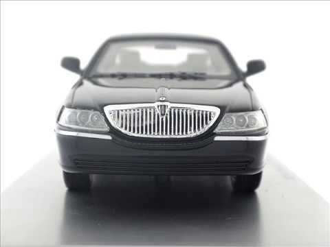 1 43 2011 Lincoln Town Car Resin Model Car By Luxury Collectibles