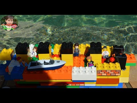 Duplo Titanic Meets Mosasaur Youtube