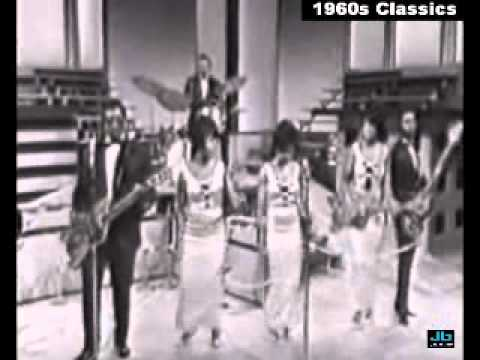 Bo Didley - Medley of Hey, Bo Didley and Bo Didley (The Big T.N.T. Show - Aug 1966)