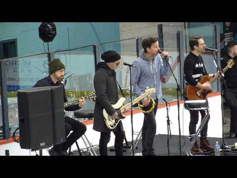 Simple Plan - The Rest Of Us acoustic live