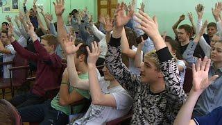 Ученикам школы для глухих и слабослышащих детей подарили новогоднее настроение(, 2016-12-15T17:30:40.000Z)