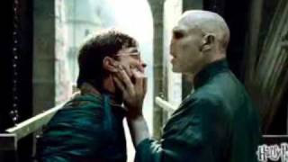 Harry Potter And the Deathly Hallows: Part 2 Official Trailer