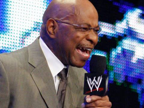 SmackDown: SmackDown General Manager Theodore Long changes ...