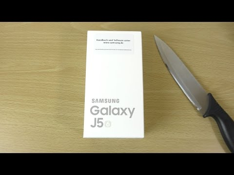 Samsung Galaxy J5 2016 - Unboxing & First Look! (4K)