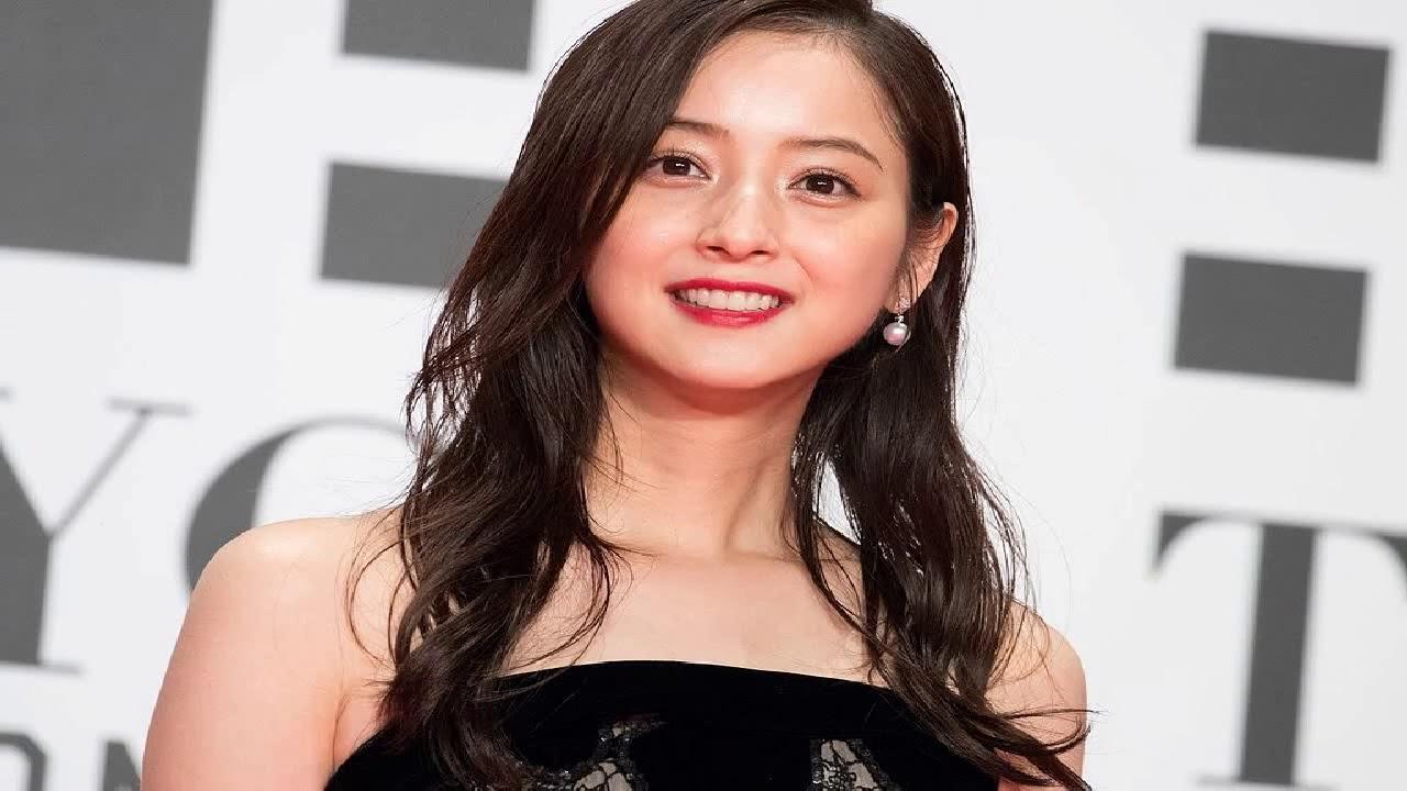 Korean Women S Hairstyles Medium Length Youtube