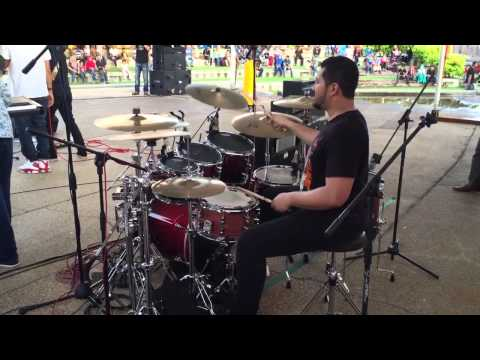Harry Aziz (Drummer) With Lefthanded-Debunga Wangi