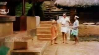 Ponmuttayidunna Tharavu malayalam movie Part 2.flv