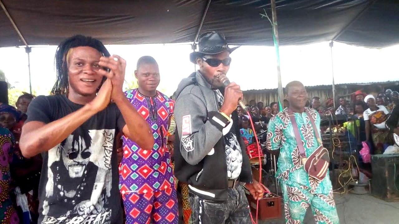 Download Alpha Agbodo en spectacle à Sahouè ( Rébecca)