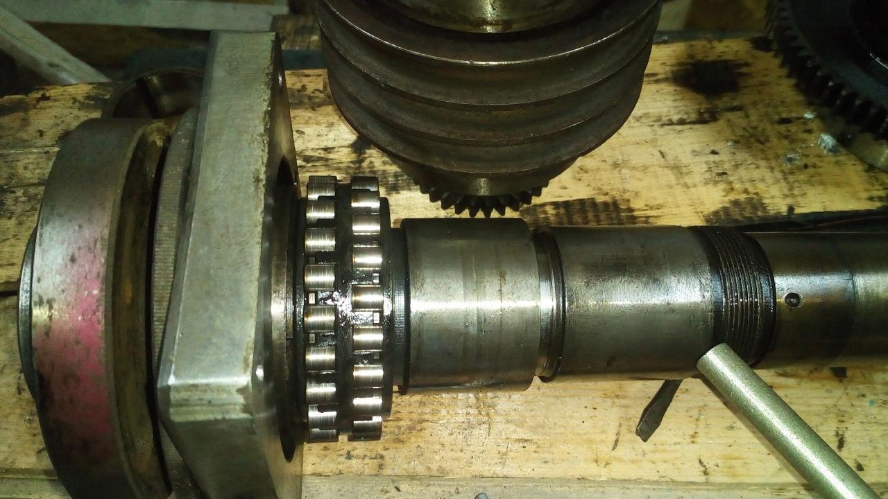 Замена подшипников передней бабки токарного станка 16б05п