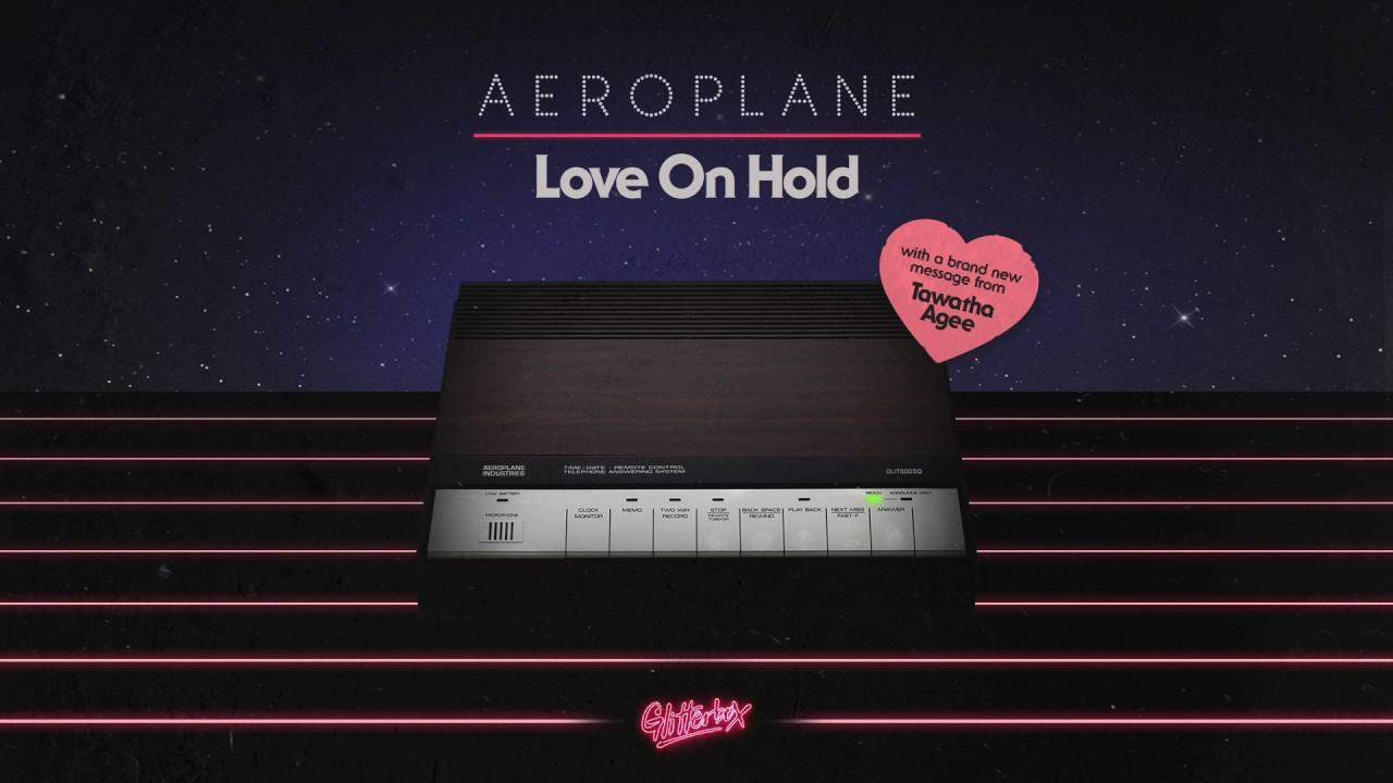 Aeroplane featuring Tawatha Agee Love On Hold - YouTube