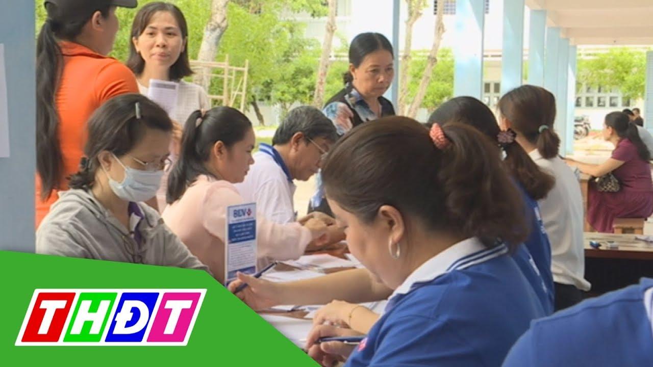 Ngành giáo dục Đồng Tháp triển khai thu học phí qua ngân hàng | THDT