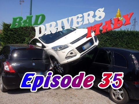 Bad Drivers on Italy Streets + Car Crash // DashCam Episode 35