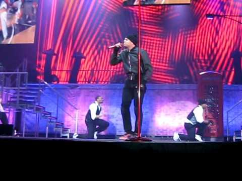 Chris Brown - Kiss Kiss 23/1-09 live @ stockholm