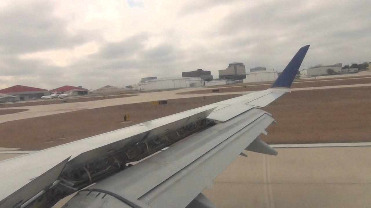 United Airlines Flight 3492 Erj145 Landing At San Antonio