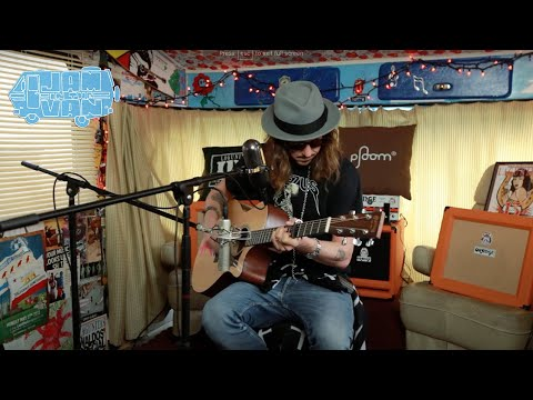 "CISCO ADLER - ""Coastin"" (Live at Maker Studios) #JAMINTHEVAN"