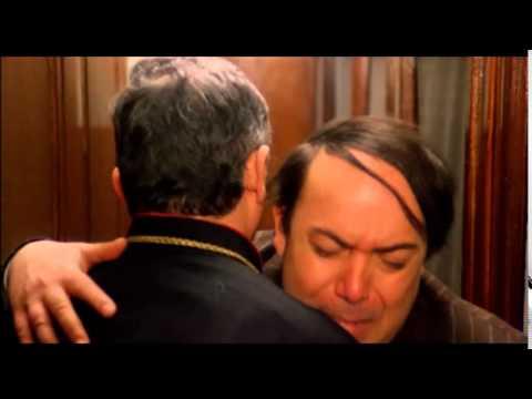 Lino banfi l 39 onorevole con l 39 amante sotto il letto - L onorevole con l amante sotto il letto ...