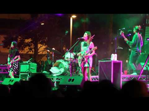 """""""The Stall"""" Live - Warpaint @ Music Tastes Good Long Beach, CA 9/24/16"""