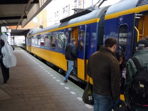 Train ride in Holland: Rotterdam to Deventer (time-lapse)