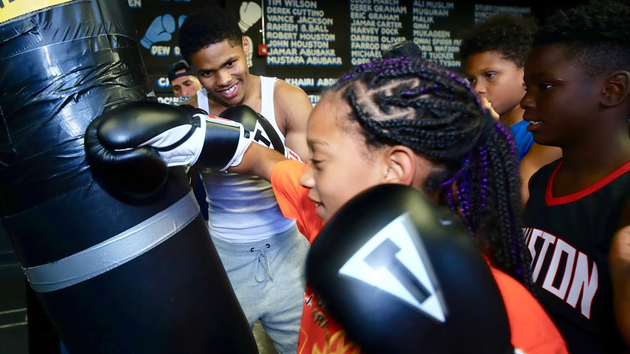Shakur Stevenson and Joshua Greer Jr. Give Back to Local Children in Newark