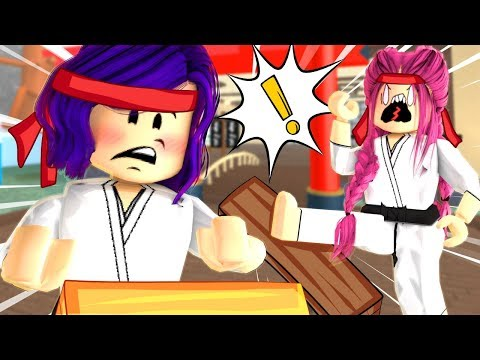 The STRONGEST player in Roblox! Karate Chop Simulator!