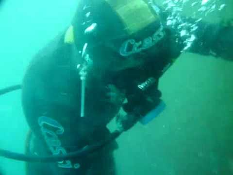 SUBMERGED HULL CLEANING