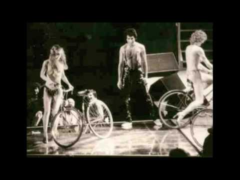 19 fat bottomed girls queen live in new york 11 17 1978 for Where do models live in nyc