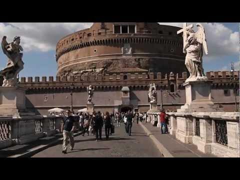 A Walk Across the Ponte Sant'Angelo