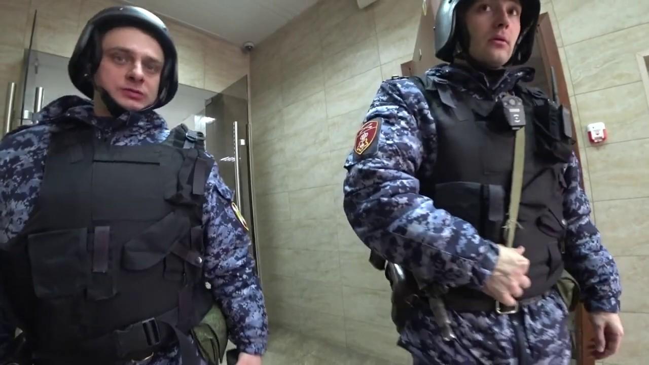 ОХРАННИК АФГАНЕЦ - ГОЛОВОРЕЗ / ЗАПРЕТ НА ВИДЕО СЪЕМКУ В Т.Ц