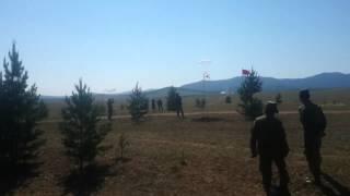 С неба падает БМД без парашюта — военные учения по-русски