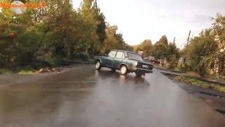 Подборки приколов - Неожиданные и нелепые дорожные аварии