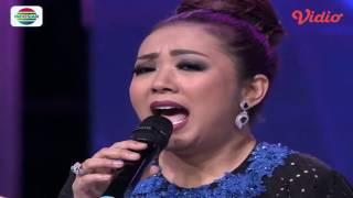 tingkah lucu host dan keluarga gunarso saat menyanyikan lagu mexico