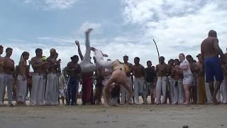 Roda de Capoeira na Praia - Boa Vontade / RN - Mestre Canelão thumbnail