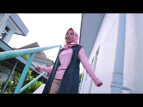 Payung Fantasi (cover) by Marsya Kamilia Mp3