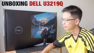 Unboxing Dell U3219Q 4K Monitor