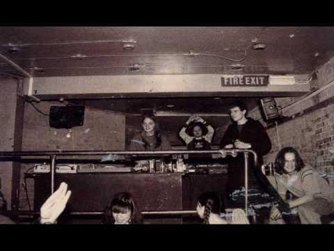 Ceephax Acid Crew - Life Funk - YouTube
