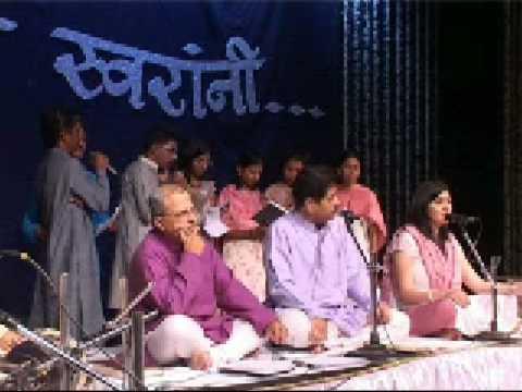 Madhura Gogte and Ravindra Sathe - Ushakkal hota hota