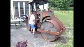 Démarrage ancien rouleau compresseur Zettelmeyer 1944